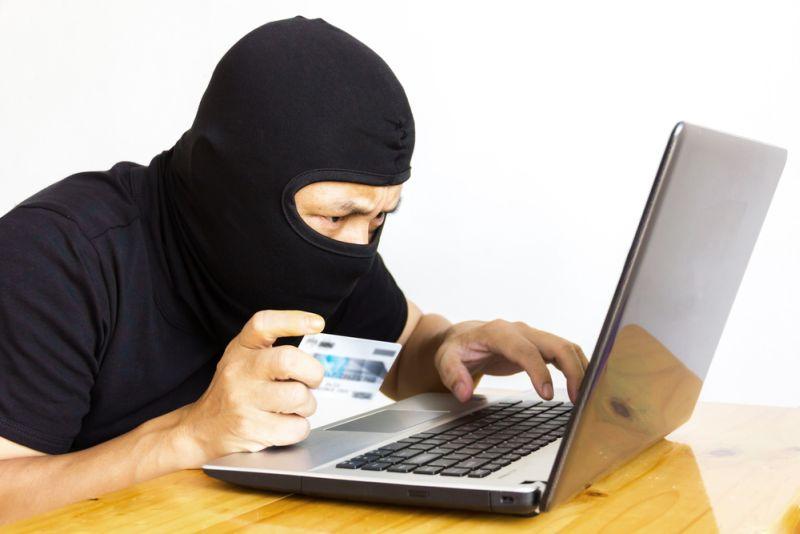 Növekszik a bankkártyás csalások száma, legyünk résen