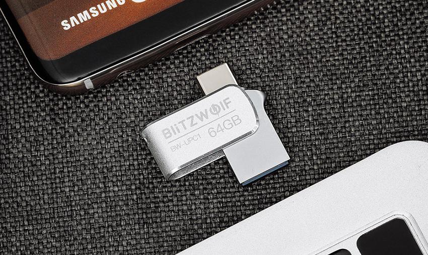 Kipróbáltuk: BlitzWolf BW-UPC1 kétportos pendrive – mobilhoz is, PC-hez is!