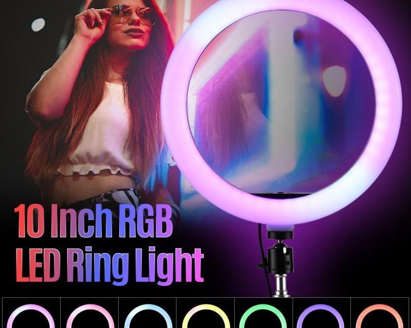 LED körfény telefontartóval – tűnjünk fel a legjobb színben