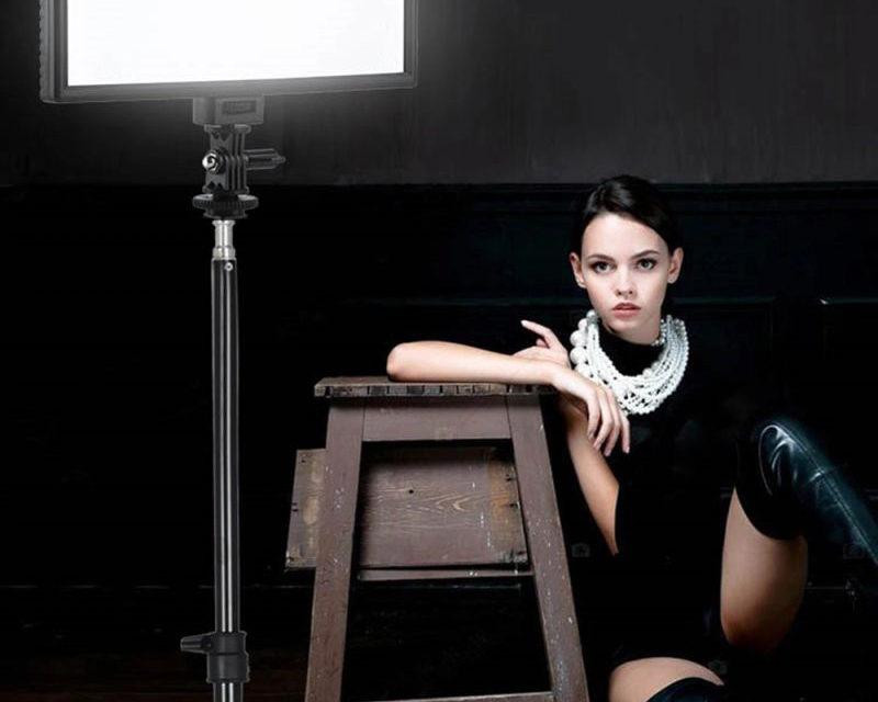 Viltrox L132T LED lámpa fotózáshoz és videózáshoz – kerüljünk rivaldafénybe
